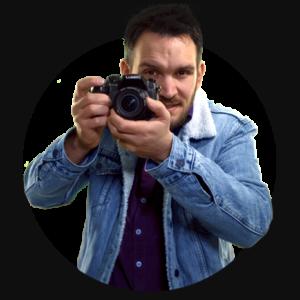 Alexander met camera